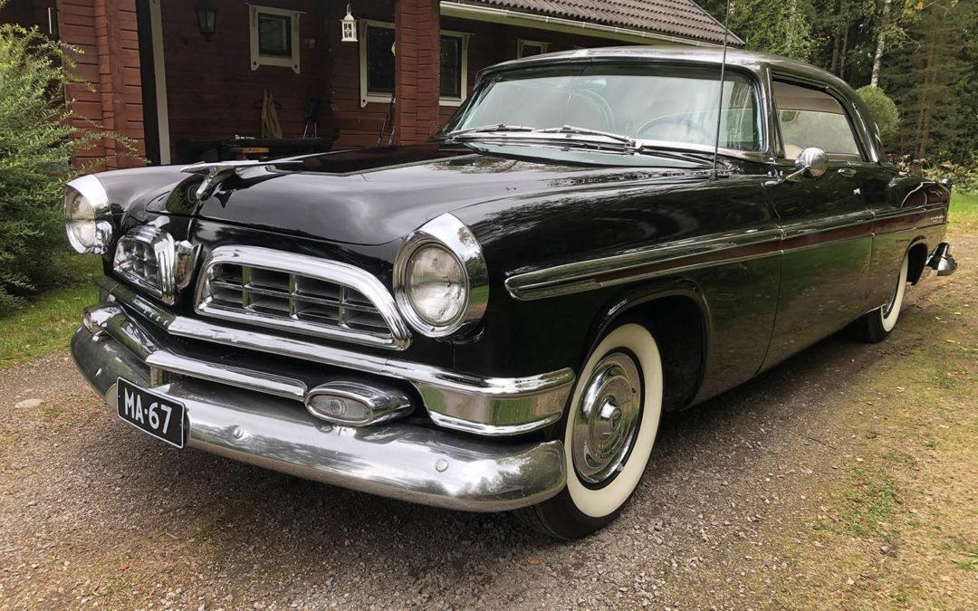 Chrysler New-Yorker 2D HT 1955